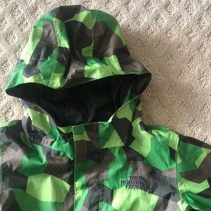 Northface Dryvent Raincoat